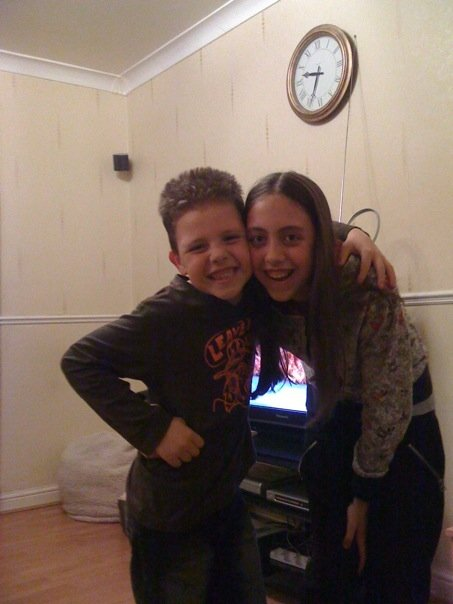 2009 me and lewis 1